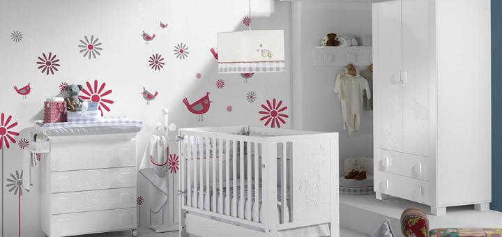 Los mejores colores para decorar la habitación del bebé | Triada